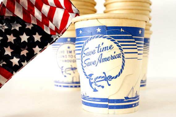 World War II Paper Coffee Cups - make unique snack holders for a party table - ThirdShiftVintage