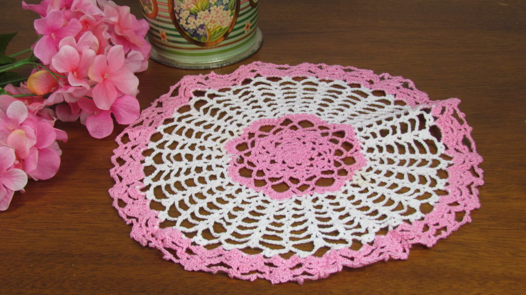 crochet doily pink white candy dish (1)