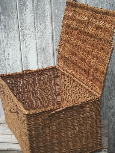 antique-wicker-basket-picnic-provisions-hamper-1920s-or-30s-vintage-Laurel-Leaf-Farm-item-no-u8941-6