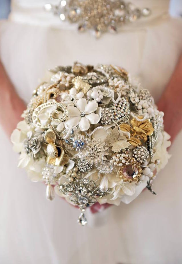 bridal bouquet of brooches