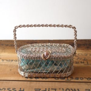 metal-wire-purse